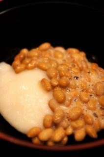110瀧の湯朝食納豆もちs.jpg